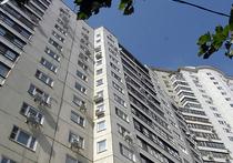 Девушка выжила после падения с 14-го этажа
