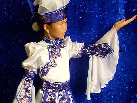 Стилизованные монгольские платья