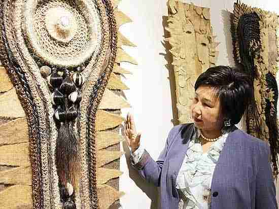 В Улан-Удэ приехала выставка «Легенды и мифы земли Предбайкалья»