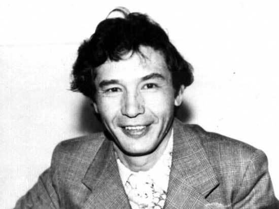 Михаил Шиханов – поэт и его время