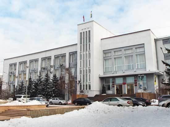 Почему городской бюджет вынужден оплачивать все приступы любви и нелюбви мэра Улан-Удэ