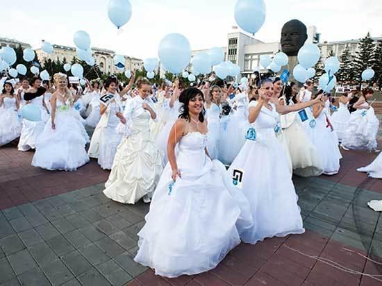 Жительницы Бурятии – об опыте замужества с иностранцем